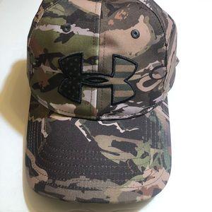 Under Armour Big Flag Camo Cap Hat Lid SnapBack